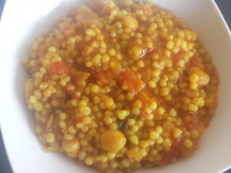 Vegetarische berkoukes (pasta balletjes)