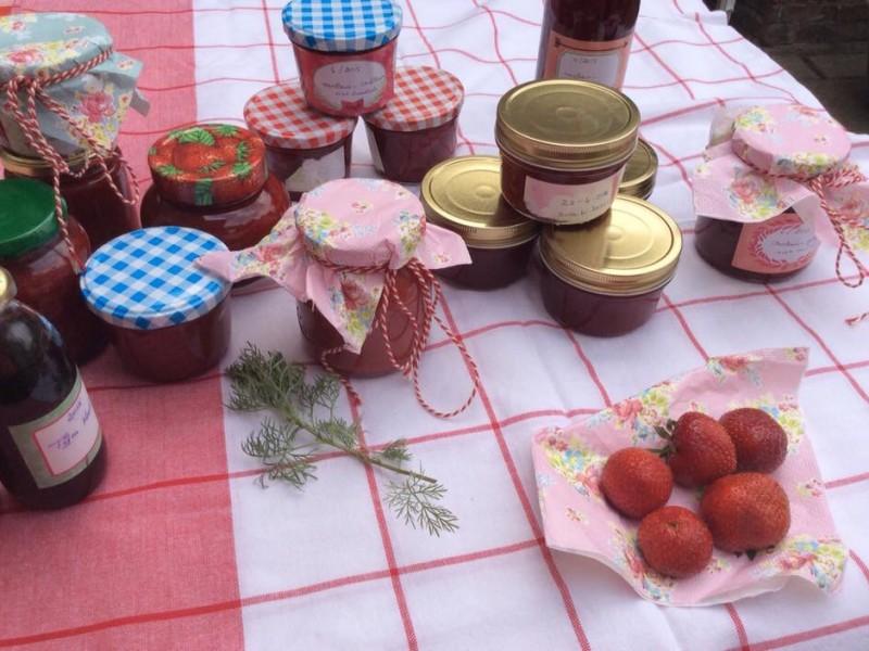 Aardbeien gelei en confituur