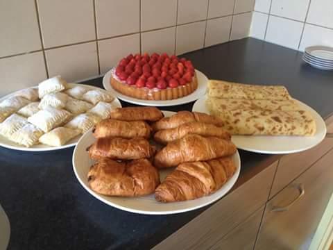 Aarbei taart een bbr broodje!!!