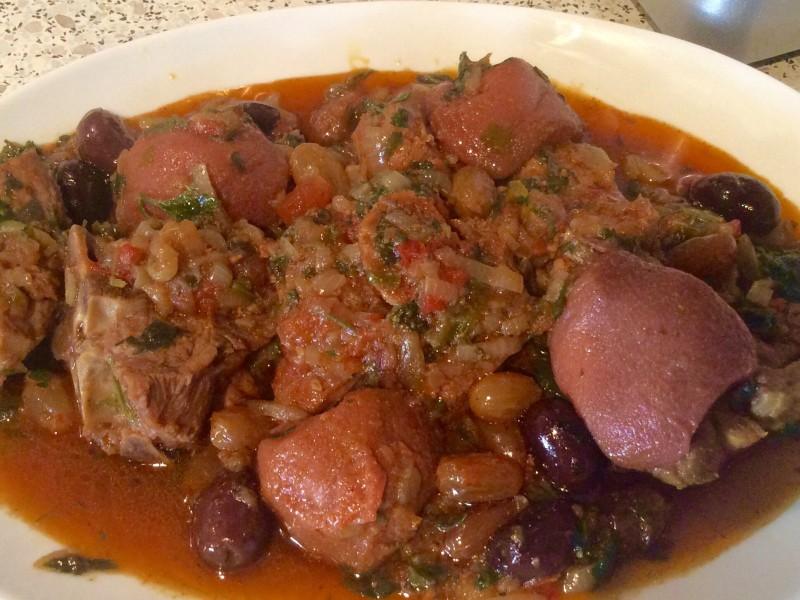 Lamsvlees in een zout/pittige saus