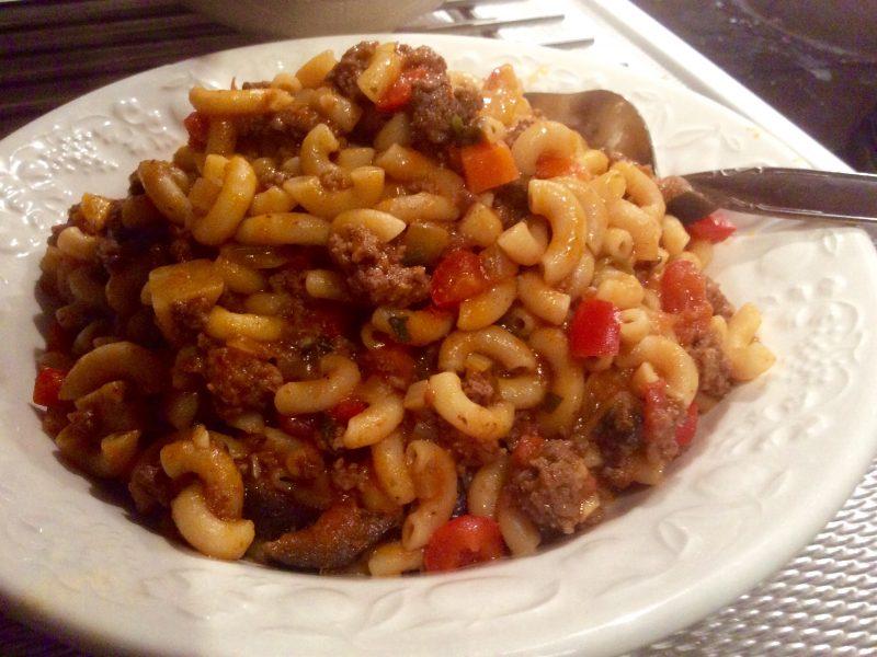 Macaroni met gehakt en groentes…