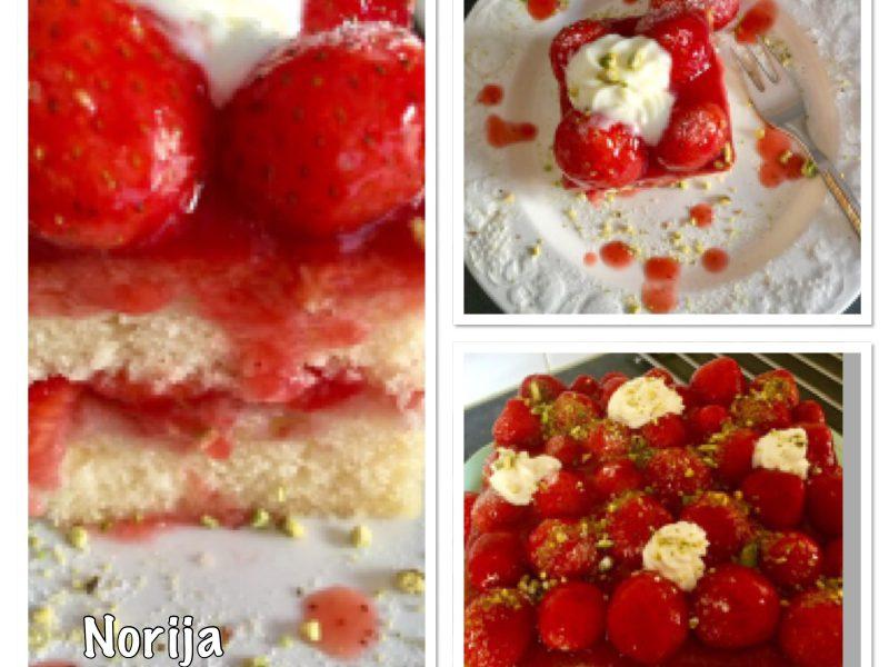 Cake met aardbeien/ vulling